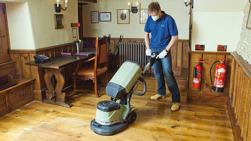 Wooden Floor Cleaning and Polishing